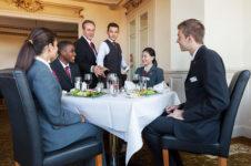 Школы Swiss Education Group заняли лидирующие позиции в топ-10 гостиничных заведений мира в рейтинге QS University Rankings 2021